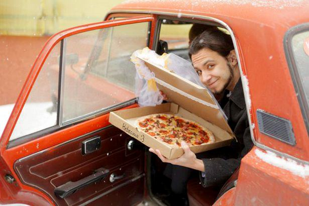 Man Marries Pizza Because Pizza Would Not Betray You And I Love It UNILAD 286760