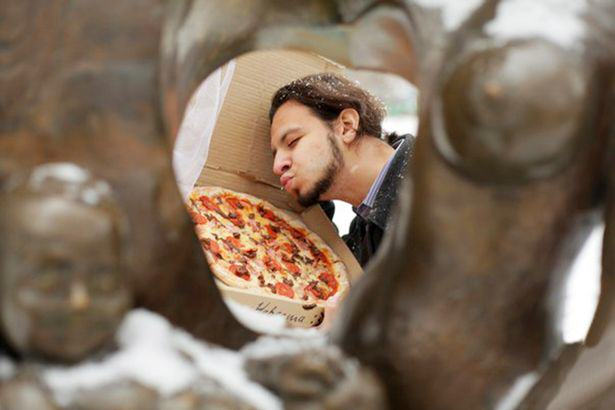 Man Marries Pizza Because Pizza Would Not Betray You And I Love It UNILAD 446331