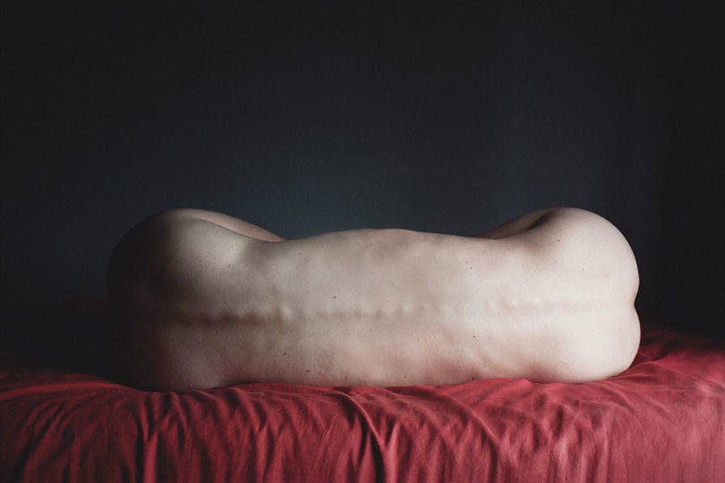 Photographer Takes Surreal Nudes To Explore Her Everyday Thoughts UNILAD 478548