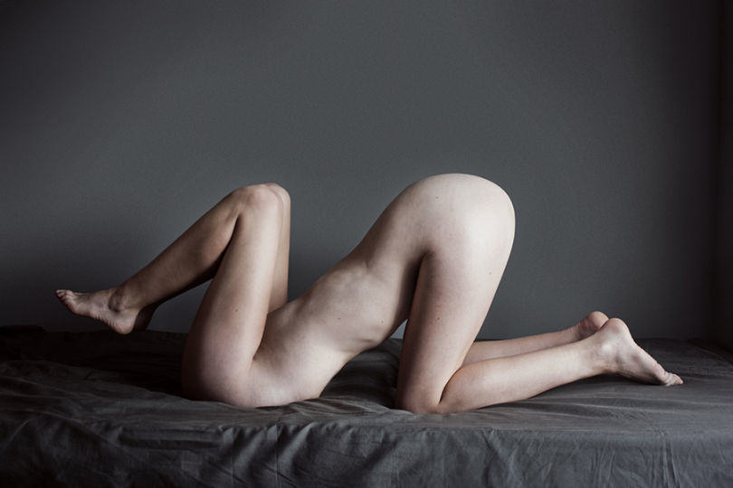 Photographer Takes Surreal Nudes To Explore Her Everyday Thoughts UNILAD 521089