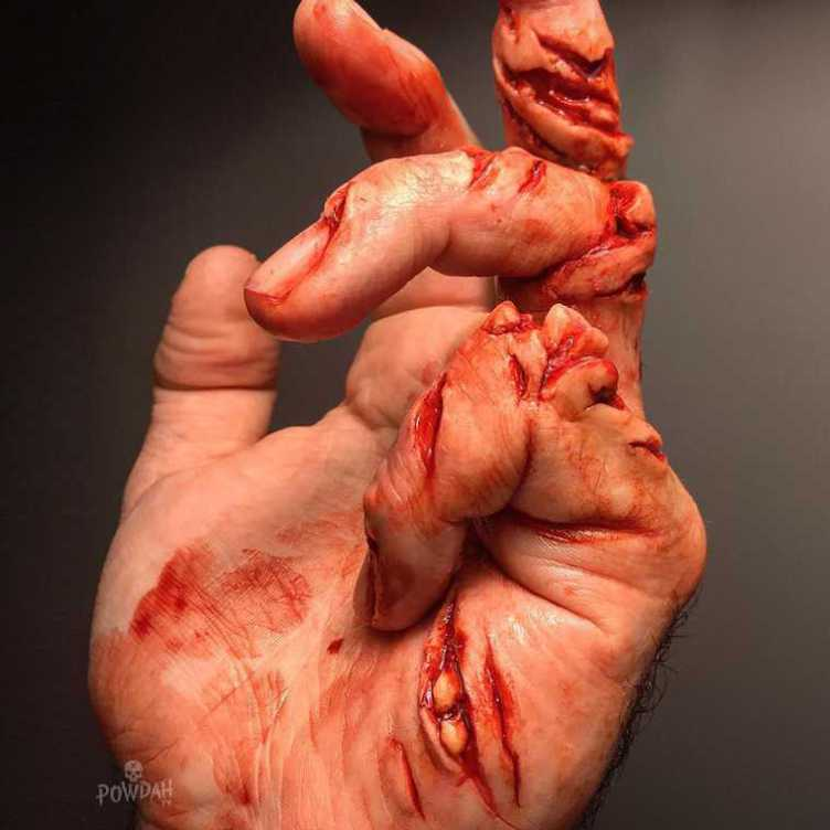 These Disgusting Cuts And Injuries Are Actually Incredible Makeup Work UNILAD 5j0ApVa28328