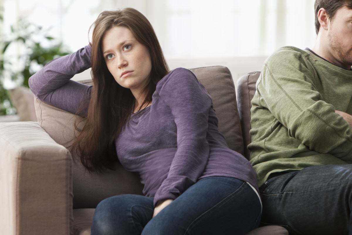 This New Company Will Dump Your Partner For A Fee UNILAD ANGRY COUPLE96645 1200x800
