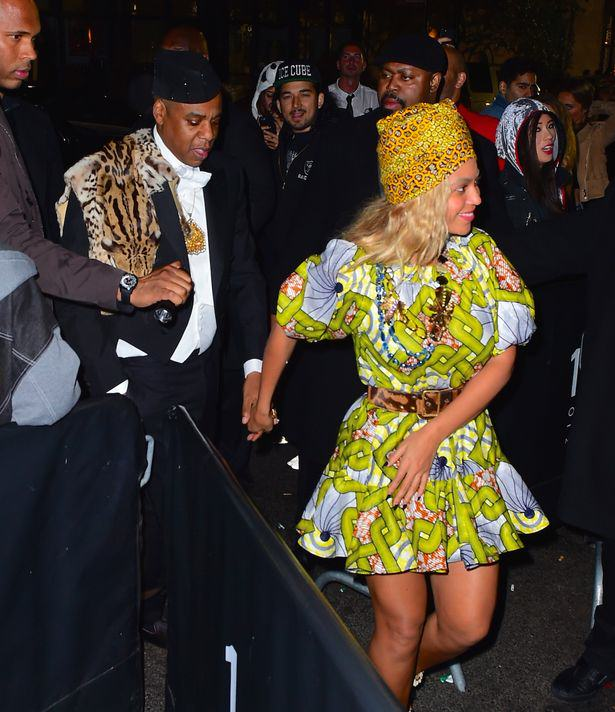 Heres The Best Halloween Outfits, Guaranteed To Make You Feel Better This Morning UNILAD Beyonce and Jay Z spalsh8321
