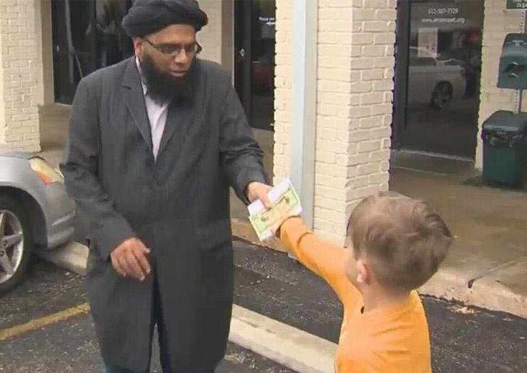 Lad, 7, Gives All The Money In His Piggy Bank To Vandalised Mosque UNILAD Botgivesmoney3003