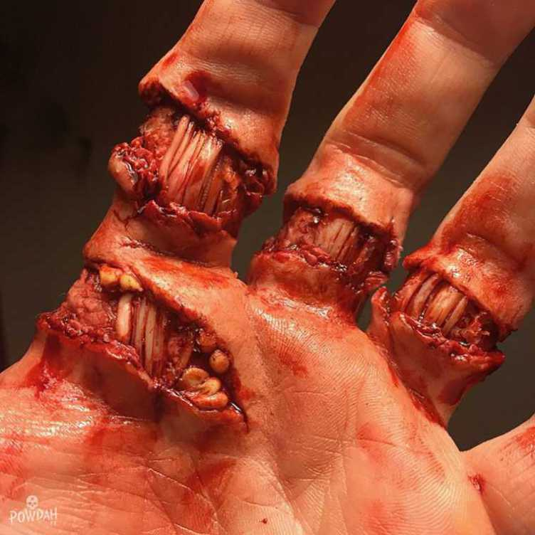 These Disgusting Cuts And Injuries Are Actually Incredible Makeup Work UNILAD Df1sbhN69311