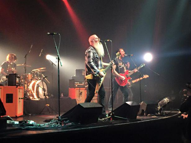 Eyewitness Account Reveals How Twisted Gunmen Tortured Wounded During Paris Attacks UNILAD Eagles of Death Metal concert at Bataclan 141266