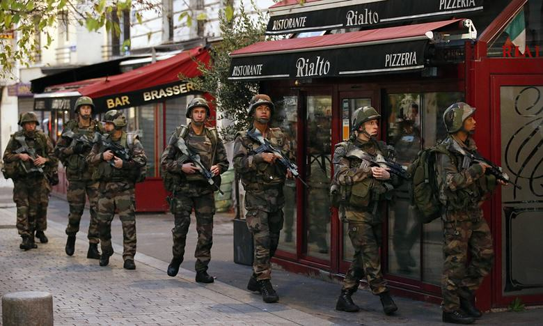 Two Terrorists Dead, Seven Arrested In Early Morning Raids In St Denis UNILAD Francois MoriAP94242