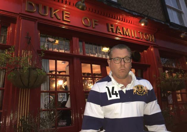 This Pissed Off Landlord Barred 800 Customers For Drinking Half Pints UNILAD HamHigh38865