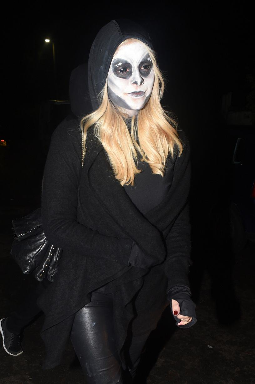 Heres The Best Halloween Outfits, Guaranteed To Make You Feel Better This Morning UNILAD Holly Willoughby splash48268