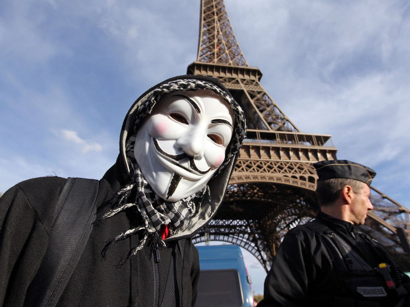 ISIS Issue Guidelines On How Not To Get Hacked After Anonymous F*ck Them Up UNILAD KENZO TRIBOUILLARDAFPGetty Images73166