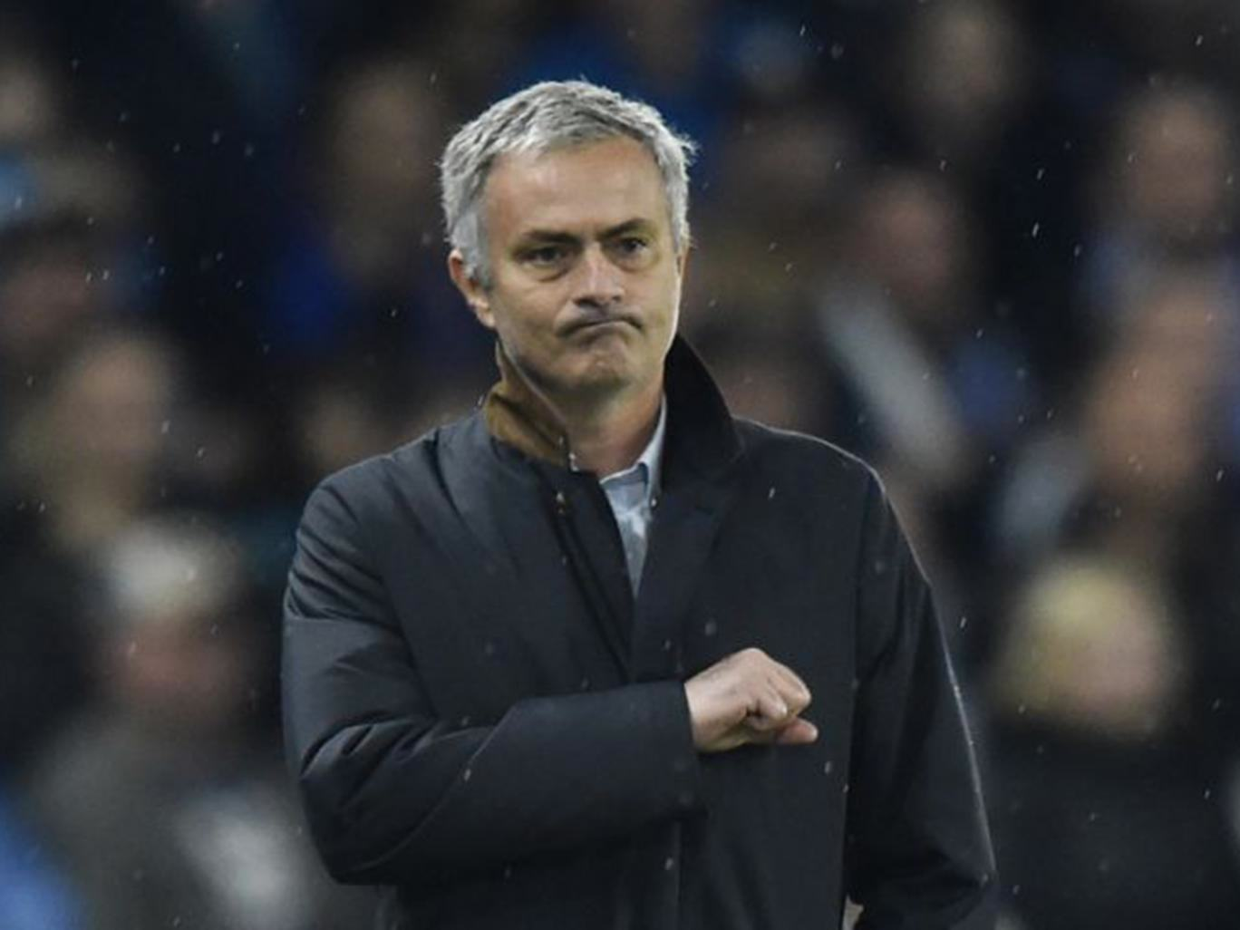 Jose Mourinho Is Chelseas Special One, And The Fans Know It UNILAD Mourinho51023