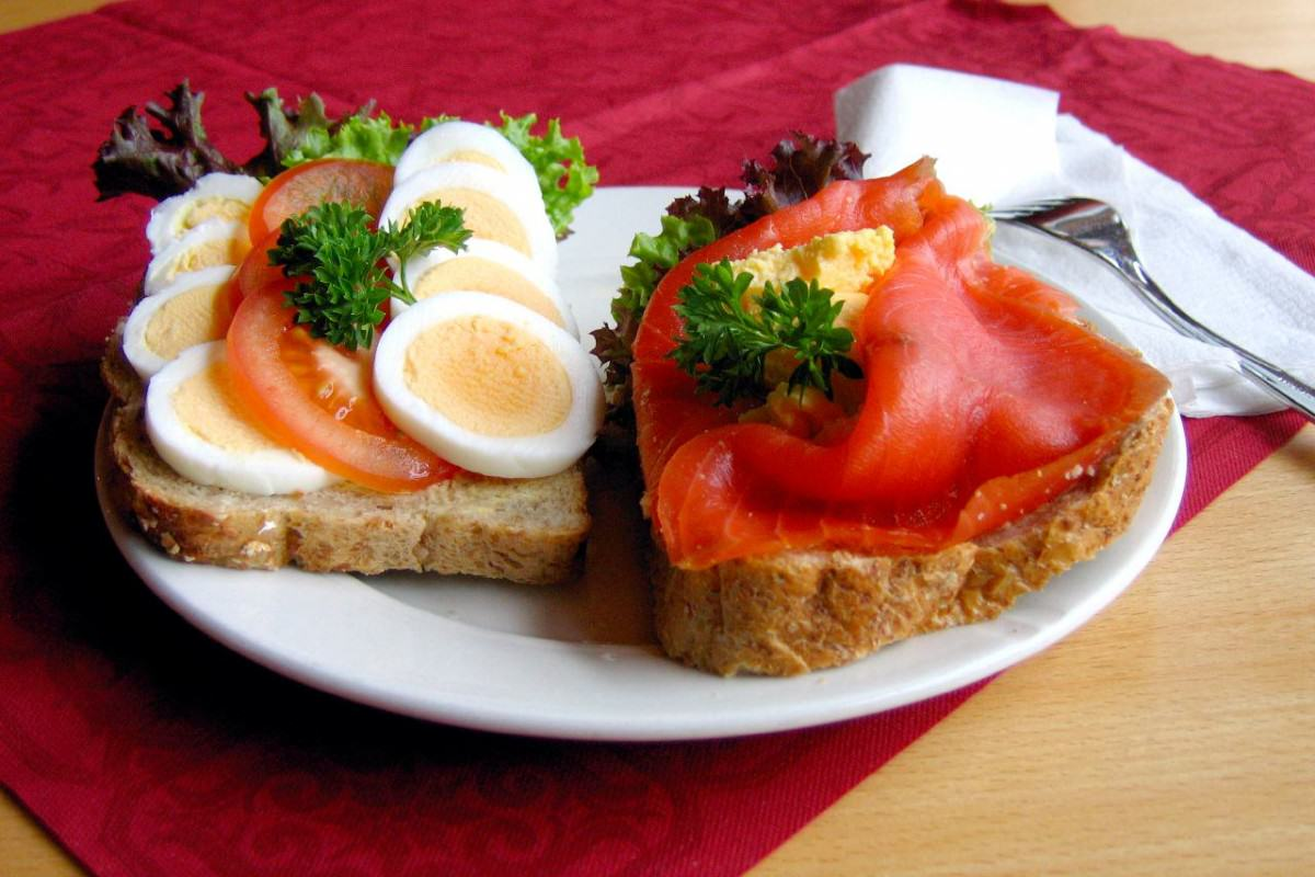 The Most Important Meal Of The Day? Around The World In 20 Breakfasts UNILAD Norwegian.open .sandwich 0132349 1200x800