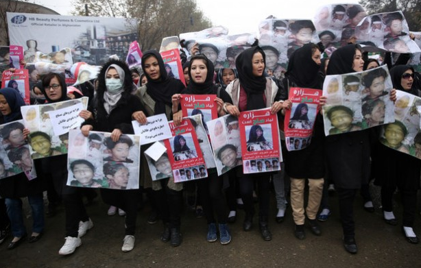 Thousands Protest In Kabul After The Taliban Beheads Nine Year Old Girl UNILAD Screen Shot 2015 11 12 at 15.42.274036