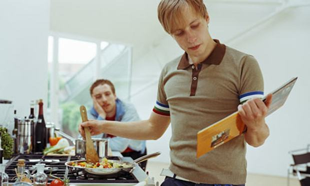 Our Generation Is Spending A Stupid Amount Of Money On Takeaways UNILAD Two young men in a kitche 00726021
