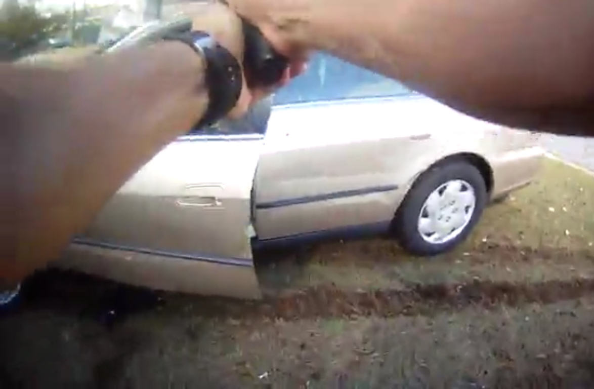 Intense Footage Shows Suspect Trap Cop In Car, Run Over Three Officers, Crash, Then Get Shot UNILAD Untitled 189256