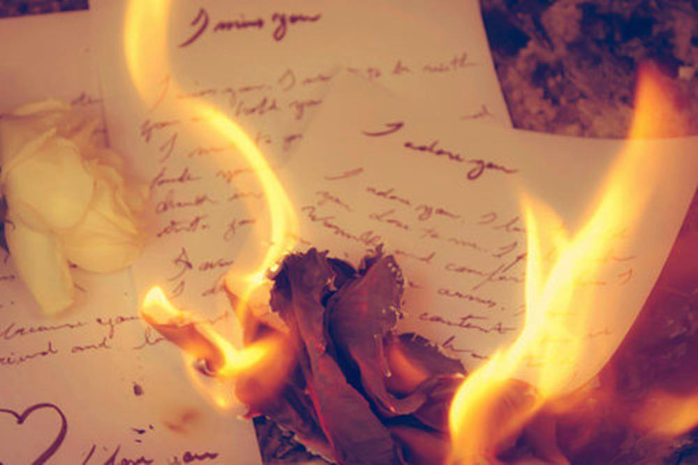 This New Company Will Dump Your Partner For A Fee UNILAD burning love letters21614