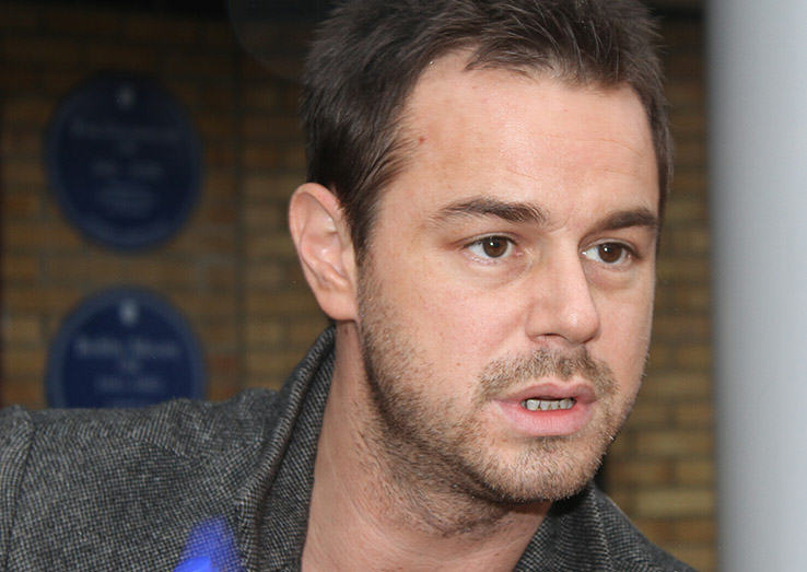 Danny Dyer Is Seriously Kicking Off With Jeremy Kyle UNILAD dyertop27279