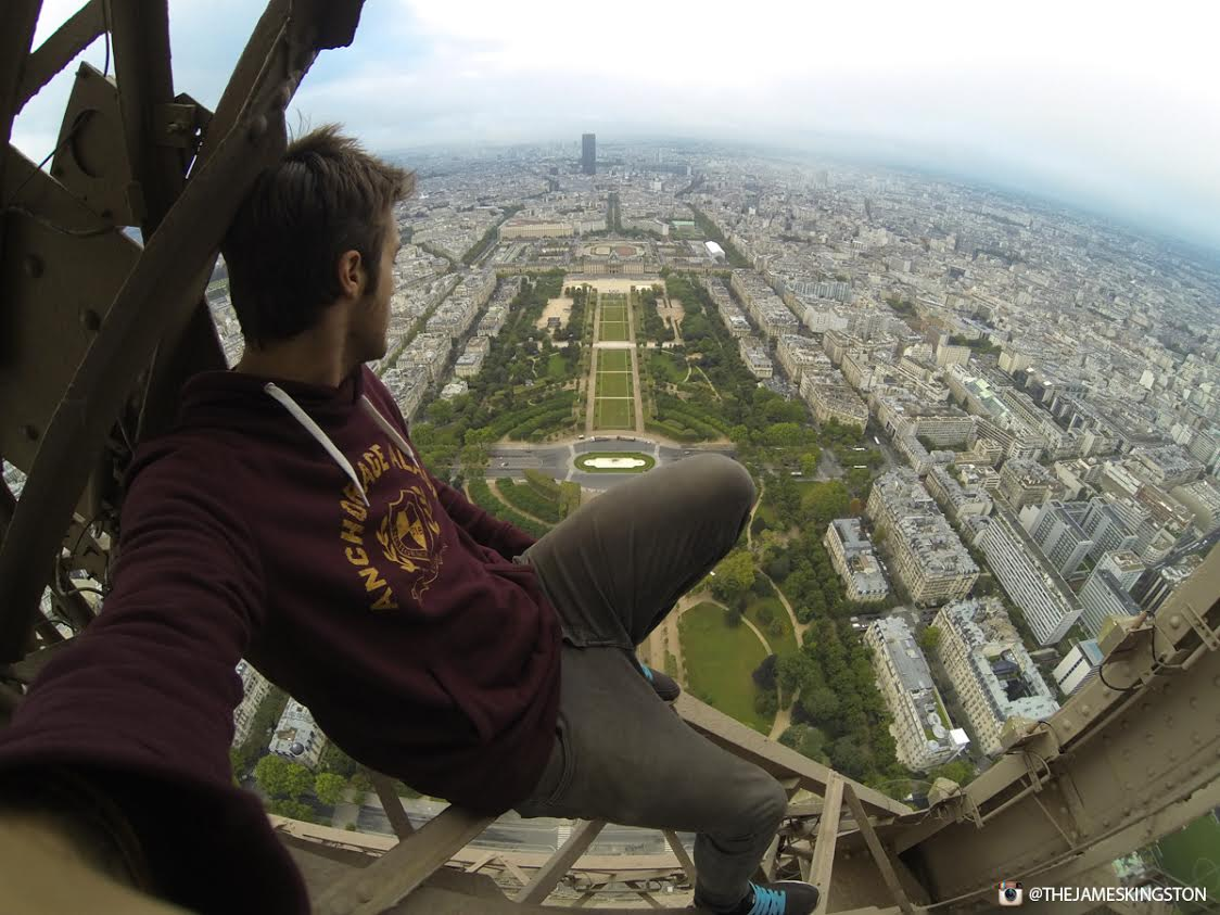 James Kingston Has Just Climbed The Eiffel Tower UNILAD eiffel tower 342963