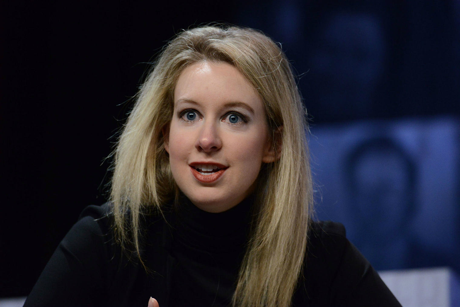 This Woman Dropped Out Of University At 19, Is Now Worth £5.9 Billion UNILAD elizabeth holmes 151228
