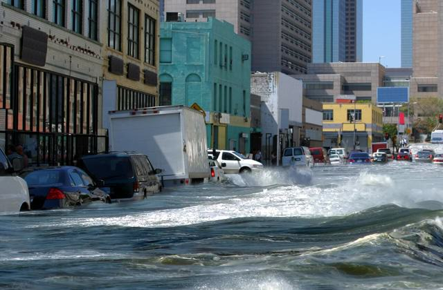 World Halfway Towards Threshold That Could Result In Dangerous Climate Change UNILAD flooded town99327 640x420
