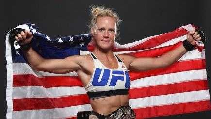 Holly Holm Proves How Much Of A Class Act She Is Following Rousey Domination UNILAD holly holmchamp76032