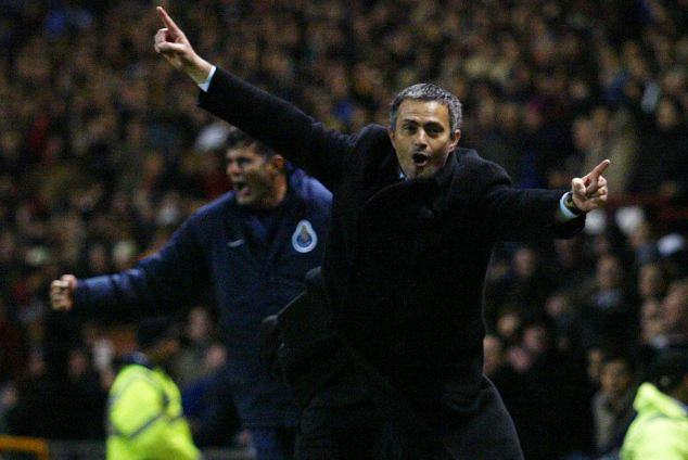 Jose Mourinho Is Chelseas Special One, And The Fans Know It UNILAD jose ol31267