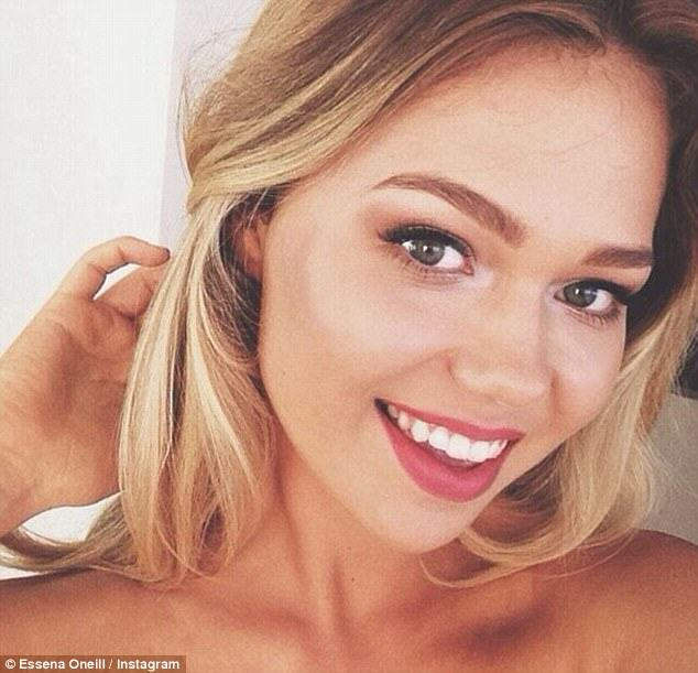 Model Wants To Give Up Social Media Because Its Not Real UNILAD model377248