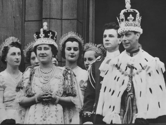 India Is Suing The Queen Because They Want Their Stolen Diamond Back UNILAD queen jewel 255795
