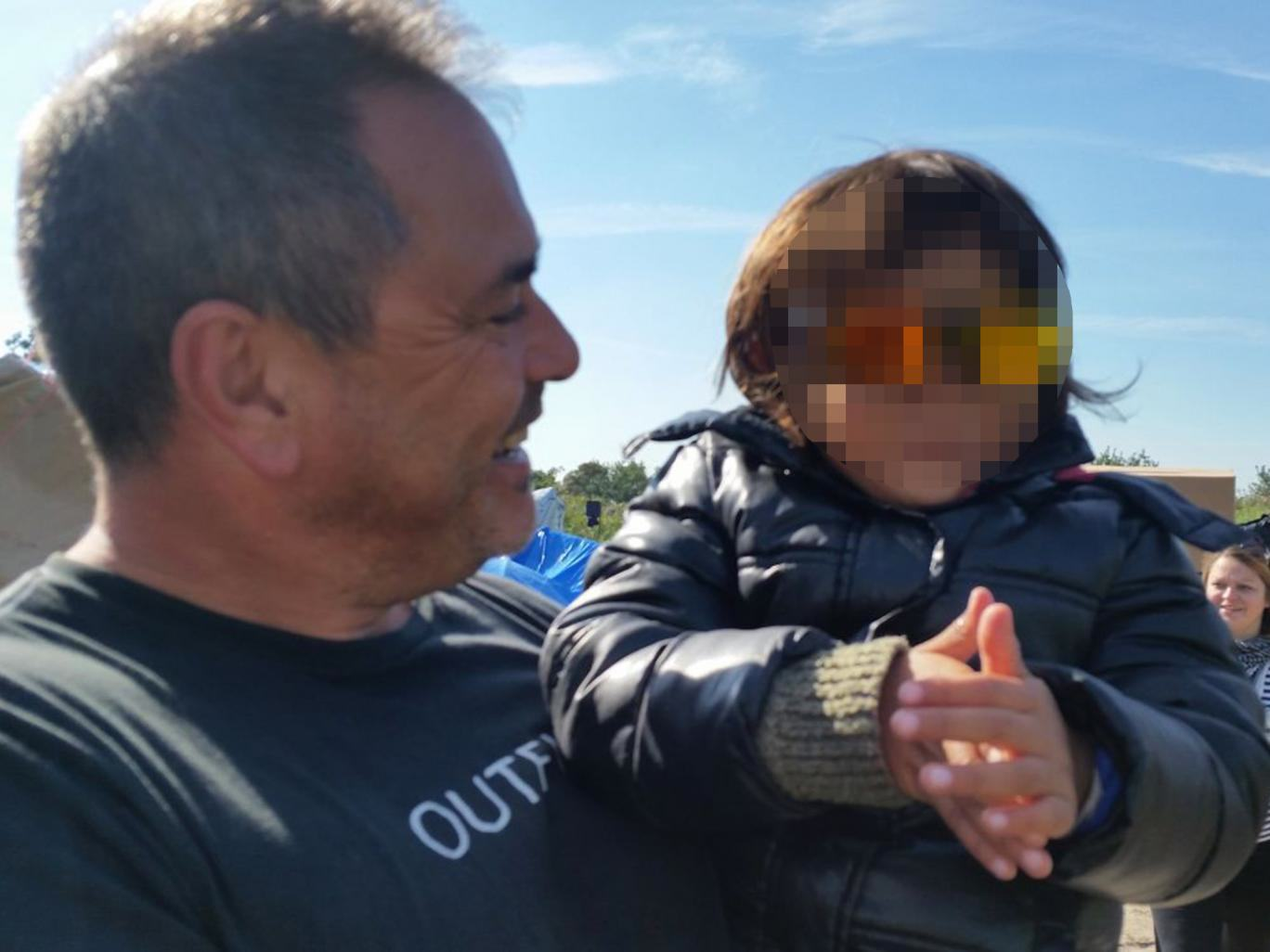 Ex Soldier Is Facing Prison For Trying To Rescue Refugee Girl, 4 UNILAD refugee save 170193