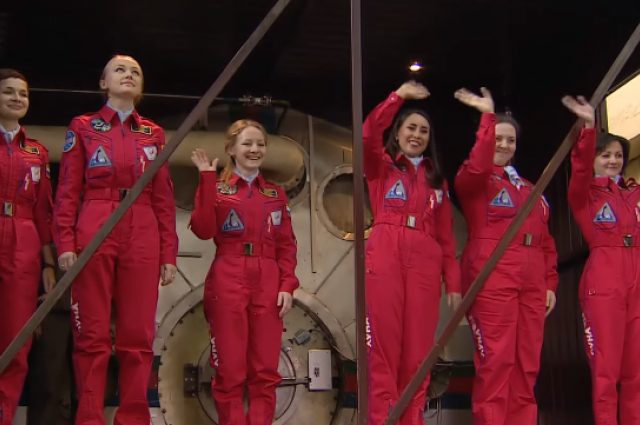 Russian Female Astronauts Asked How They Would Cope In Space Without Men UNILAD russian astronauts53120