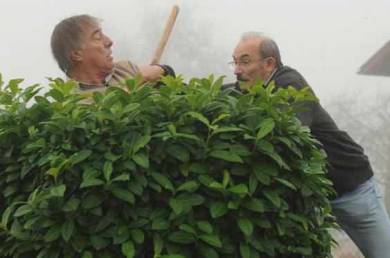 Angry Semi Nude Locals Attack Wildlife Activists With Shovels For Dismantling Bird Traps UNILAD spade attack 284400