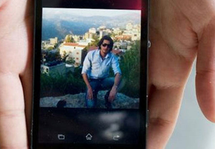 Mobile Phone Photos Show What People Leave Behind When They Flee War UNILAD syria365789