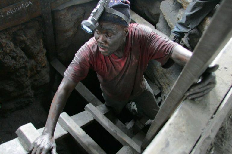 Five Tanzanian Miners Just Survived 41 Days Trapped Underground UNILAD tanzanian miners 488397