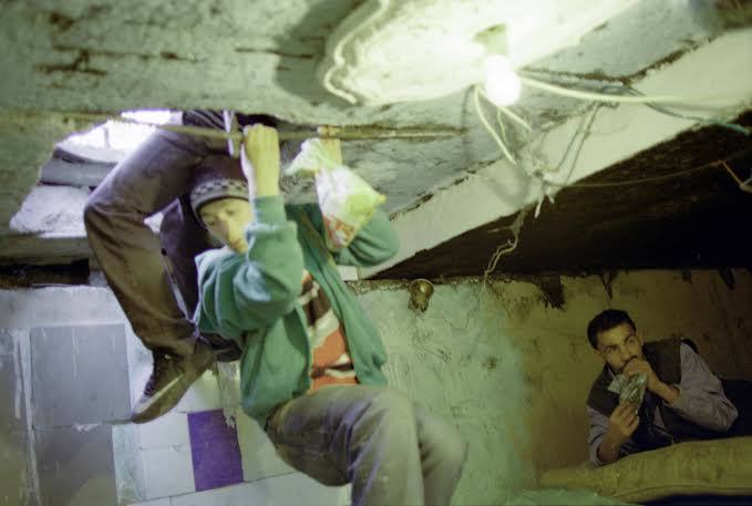 Haunting Photos Show Former Orphans Now Living In Sewers Beneath City UNILAD unnamed 574490