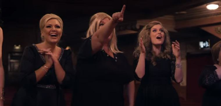 Adele Disguises Herself As An Adele Impersonator, Fellow Adele Impersonators Freak Out adele 8