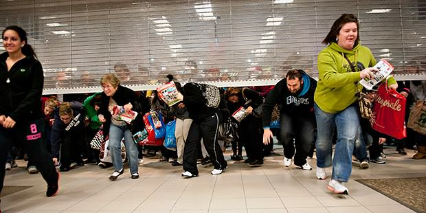 U.S. Goes Mental Over Black Friday, UK Stays Calm And Has A Cup Of Tea bf8