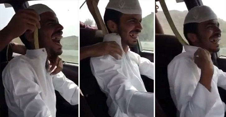Guy Puts Deadly Cobra Down Friends Shirt While Driving, He Laughs It Off cobra lol FB