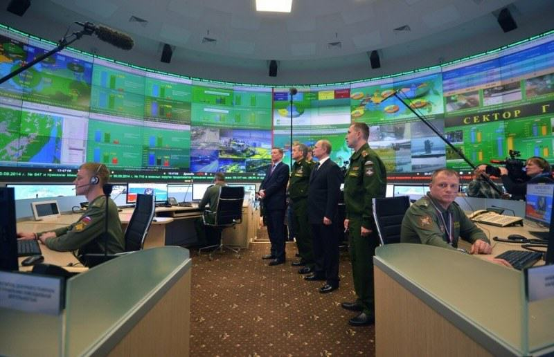 Vladimir Putins Massive New War Room Looks Like A Bond Villains Lair putin war room 3