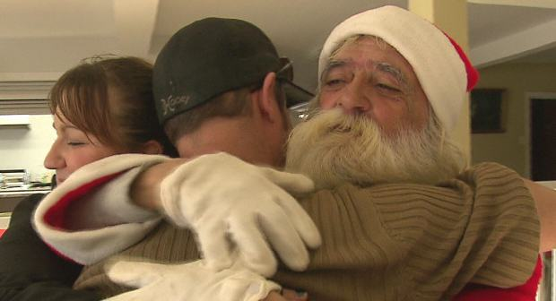 Homeless Santa Sees Christmas Come Early After Pay It Forward Facebook Post santa67