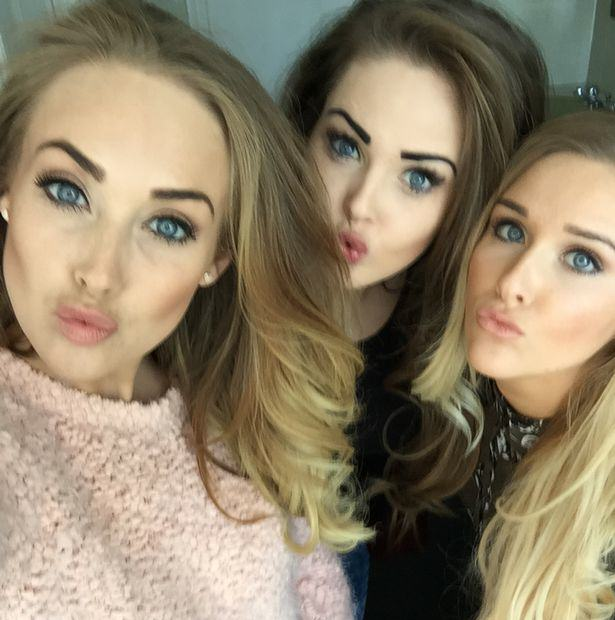 These Sisters Used Their Selfies And Social Media To Rinse Men Of £75,000 Of Gifts sisters selfie 3