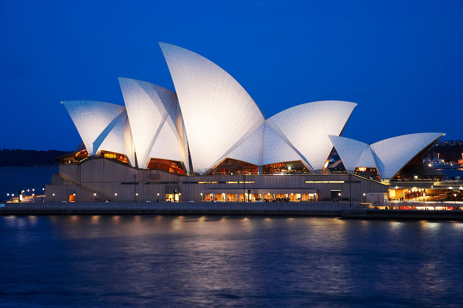 Eight Of The Funniest Trip Advisor Reviews Of Worlds Most Famous Landmarks trip advisor landmark 8