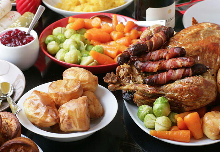 This Is How Many Calories Youll Consume Over Christmas And New Year xmas food web