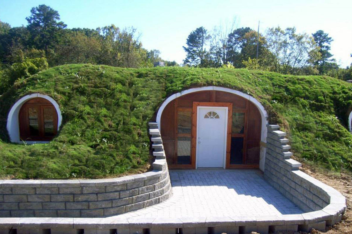 Company Builds Hobbit Houses And You Can Actually Live There 10177490 1503608756592248 173618390136078083 n