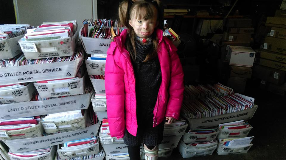 Brave Little Girl Who Lost Family In Arson Attack Gets Her Christmas Wish 12341409 938170112918542 4666146973975784707 n
