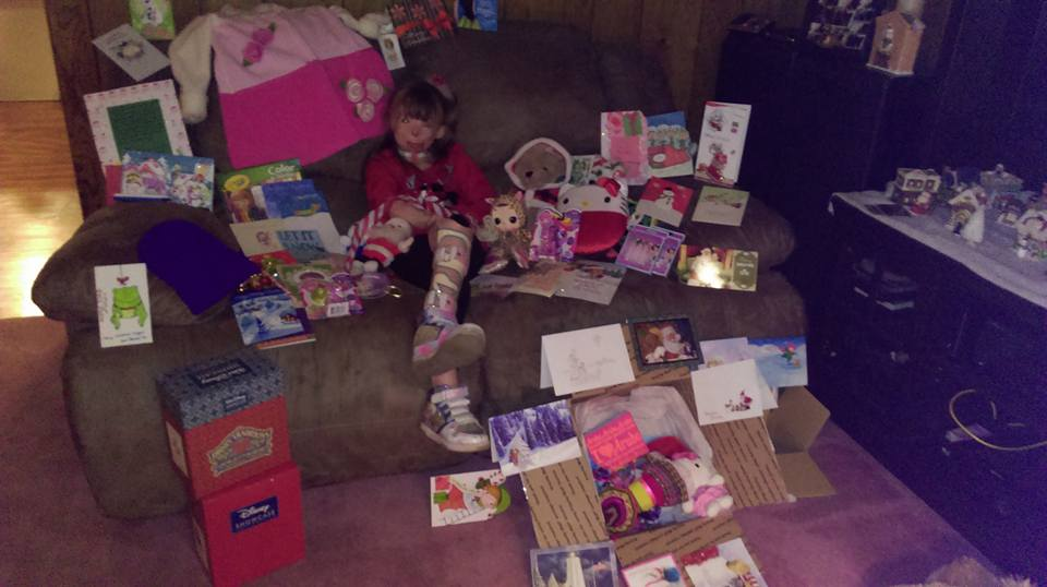 Brave Little Girl Who Lost Family In Arson Attack Gets Her Christmas Wish 12360022 938617196207167 2551330732622443942 n