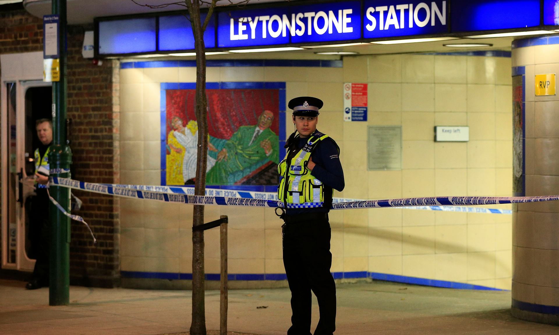 Stabbing At London Tube Station A Terrorist Incident, Police Say 35001