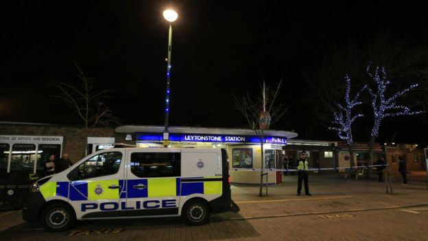 Stabbing At London Tube Station A Terrorist Incident, Police Say 87059725 87059724