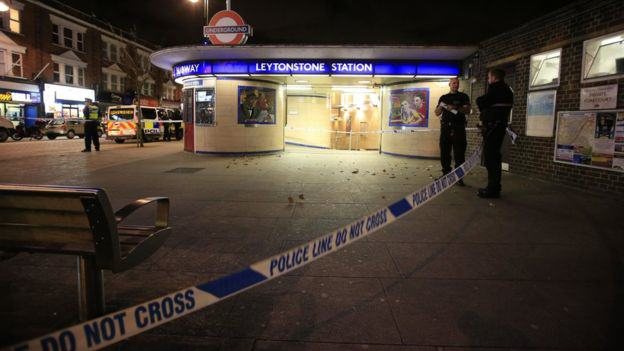 Stabbing At London Tube Station A Terrorist Incident, Police Say 87059729 87059728