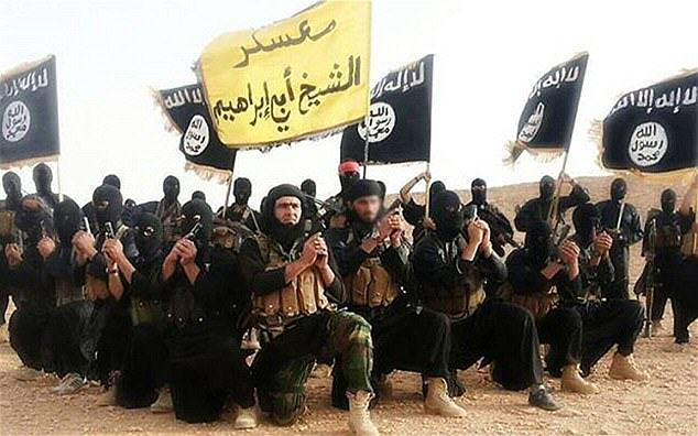 Iraq War Helped To Create ISIS, Says Retired US Army Commander ISISfighters