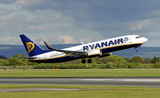 Man Wins Massive Payout From Ryanair After Burning His Penis On Flight Keith Gaskell